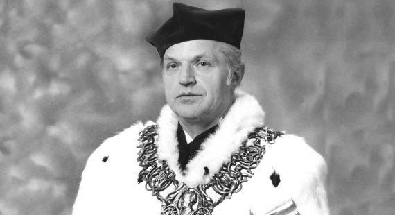 Zgłębokim żalem żegnamy Ś†P Prof.Mieczysława Koczorowskiego