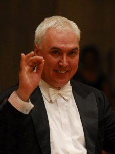 Przemysław-Pałka-dyrygent