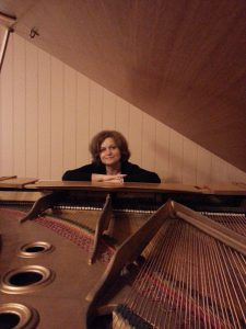 zdjęcie przy fortepianie